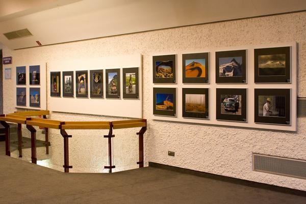 """""""In 50 Bildern um die Welt"""" - Ausstellung in der Filderhalle."""