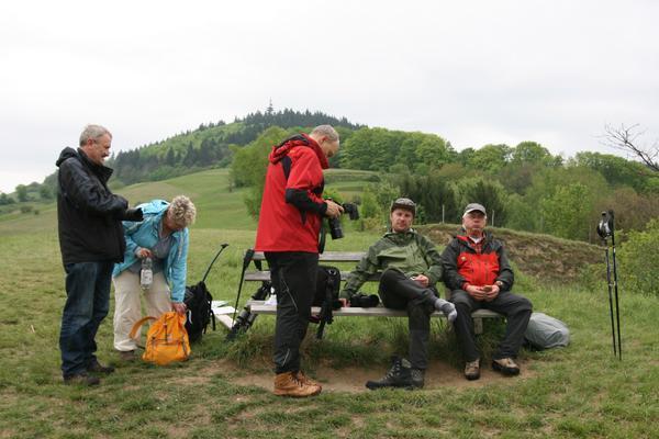 Wohlverdiente Pause auf der Wanderung durch den Kaiserstuhl.